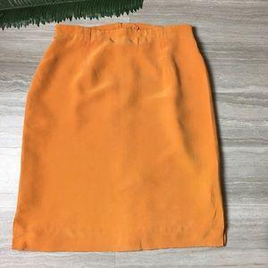 Dana Buchman burnt orange silk skirt. Size: 14